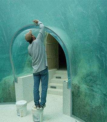 Acrylic Tunnel Aquarium Installation